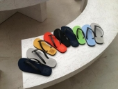 El Centro Tecnológico del Calzado de La Rioja desarrolla sandalias 100% recicladas a partir de neumáticos usados