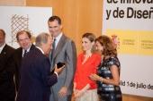 Los Reyes presiden la entrega de los Premios Nacionales de Innovación y de Diseño 2013
