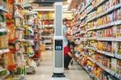 Crean un robot para supervisar los pasillos de los supermercados