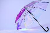 Lanzan un paraguas inteligente capaz de predecir el clima