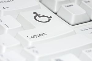 Indra y Fundación Universia lanzan una convocatoria de ayudas a proyectos de investigación en tecnologías accesibles para personas con discapacidad