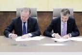 Grupo Antolin y la Universidad de Burgos firman un nuevo convenio de colaboración en I+D+i