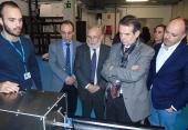 El alcalde de Vigo y el delegado del Consorcio de la Zona Franca de Vigo conocen las capacidades tecnológicas de AIMEN