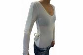 Crean una camiseta inteligente que corrige la postura y evita lumbalgias