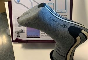 Presentan un calcetín inteligente que prevé y evita caídas